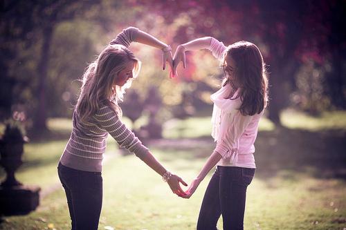 bff-friends-girls-heart-love-Favim.com-117262