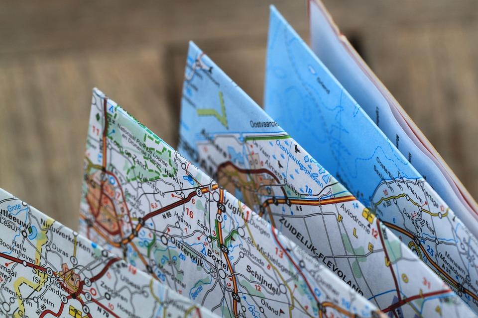folding-map-360382_960_720